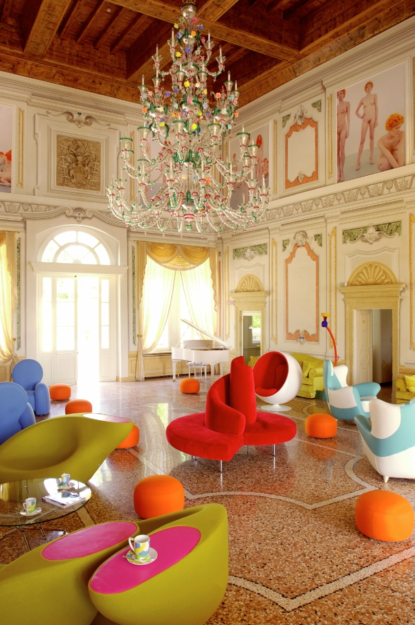 Byblos art hotel villa amista an incredible modern art for Designhotel verona