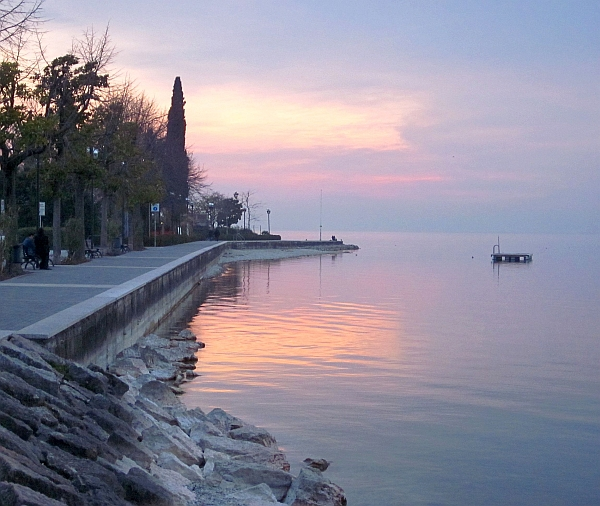 Bardolino, Lake Garda: A lovely afternoon doing nothing