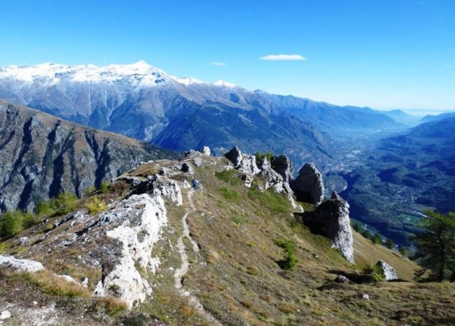 Hiking the Italian Alps: The Thullie hole