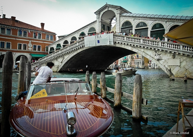 Venice private water taxi, luxury in Venice